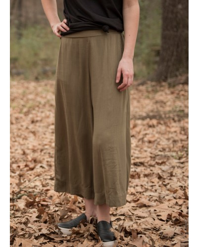 Linen Look Culottes in Olive
