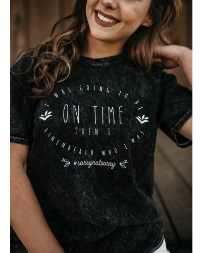On Time Tee in Mineral Wash